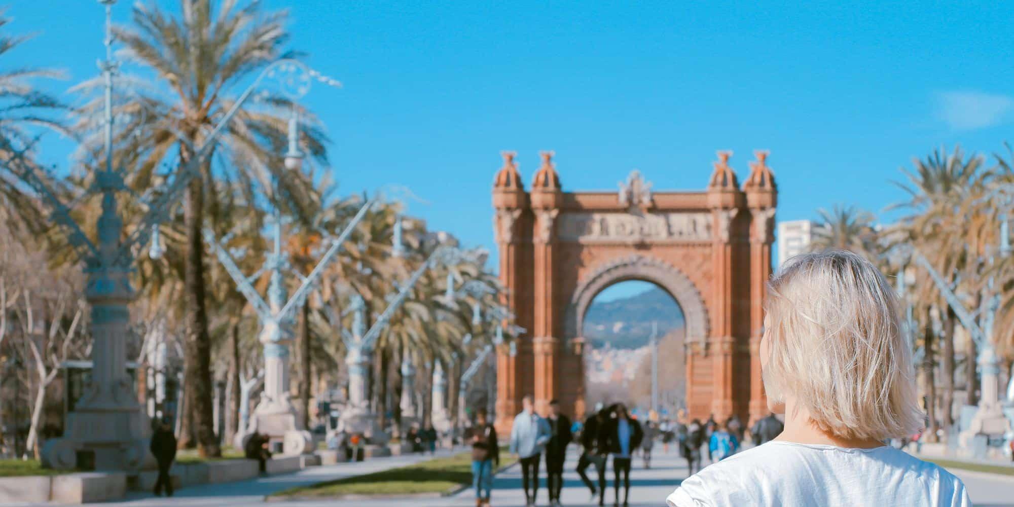 arc-de-triomphe-monument-Barcelone